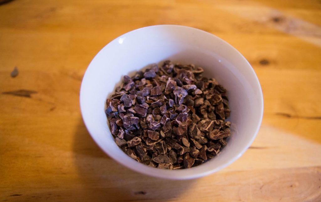 grue de cacao en gros plan pour la recette