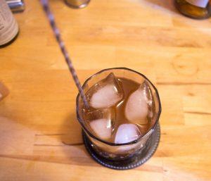 mélanger le verre du colon old fashioned