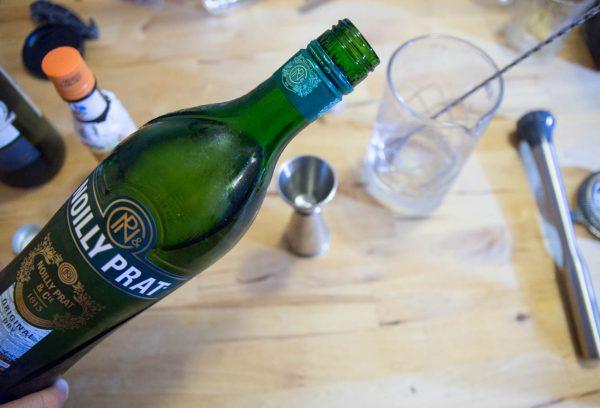 dans le dry martini du paysan on ajoute le vermouth sec
