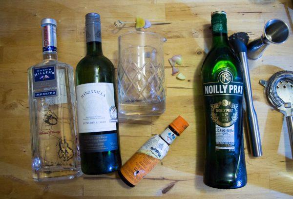 Ingredients et ustensiles pour le dry martini du paysan