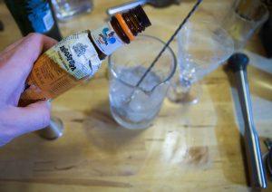 angostura orange pour le dry martini du paysan