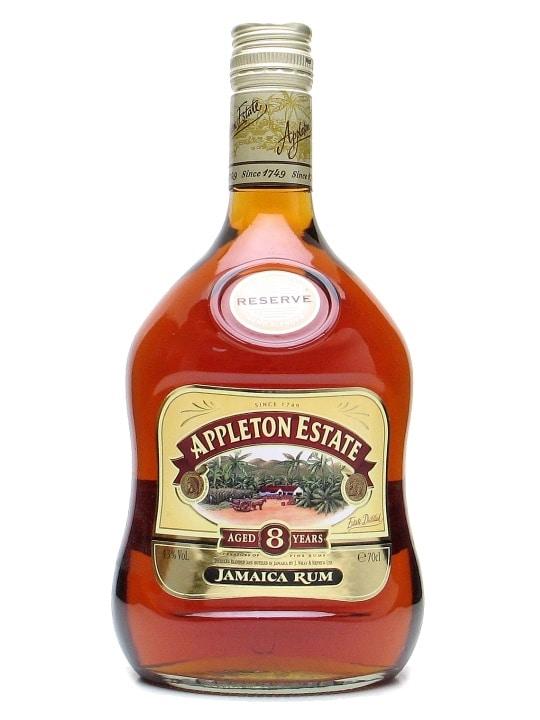 La bouteille de rhum appleton estate 8 ans d'age