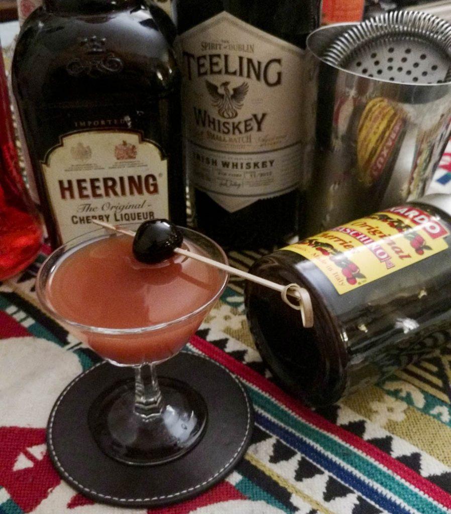 irish mermaid avec du teeling whiskey, aperol, orgeat, cherry heering, angostura bitter