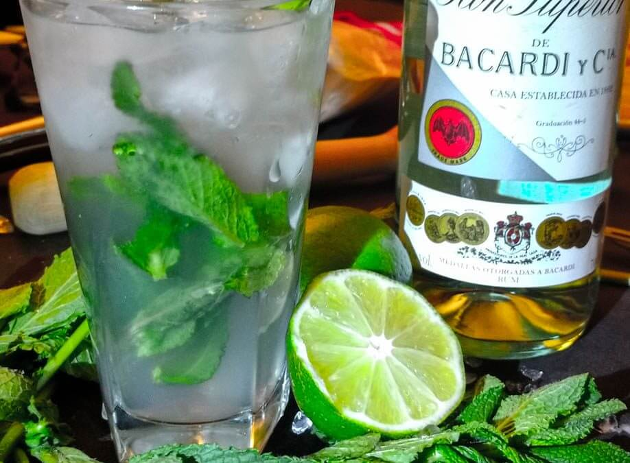 Mojito cocktail, sa vraie recette & technique pro de réalisation, un cocktail qu'on aime détester -ou l'inverse ?-.