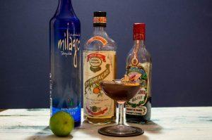 Sea of cortez, un cocktail tout en douceur à base de tequila, curacao cassis