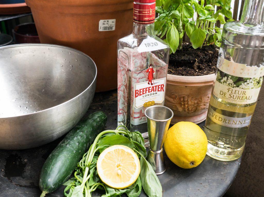 le cocktail de mariage parfait gin et fleur de sureau et concombre