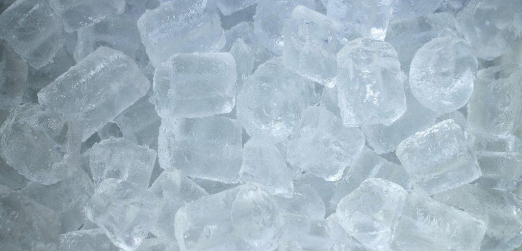 Beaucoup de glace pour les cocktails quand on est nombreux