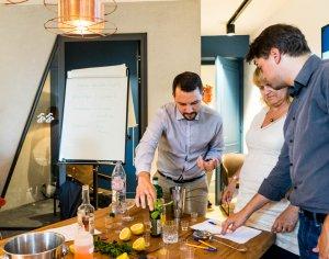 l'Administration HEC lors d'un atelier teambuilding cocktail Colada