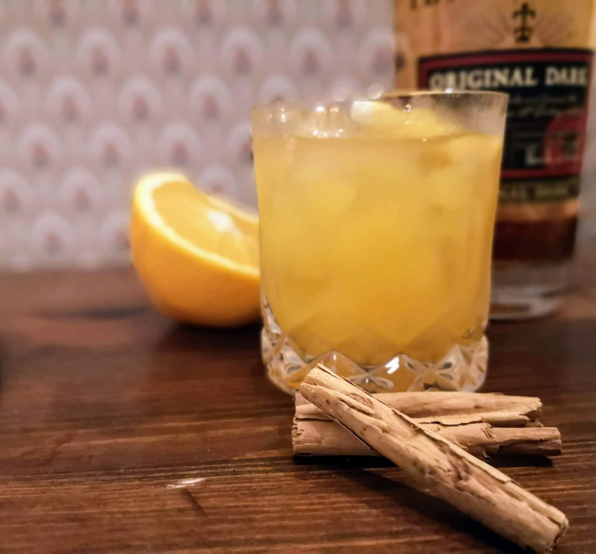 Cocktail de Noel par Colada, rhum, cannelle, clémentine